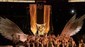 Madonna-Super-Bowl-Entrance-wings